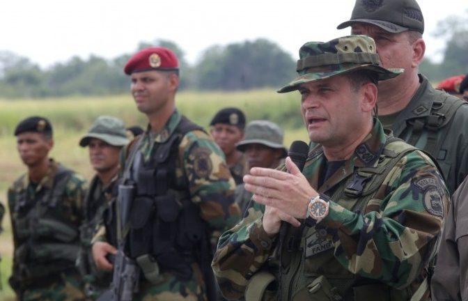 FANB ratifica apoyo a  Nicolás Maduro, en inicio de retiro de OEA