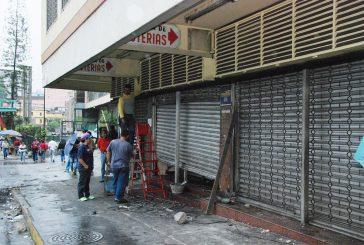 20 locales afectados por actos vandálicos