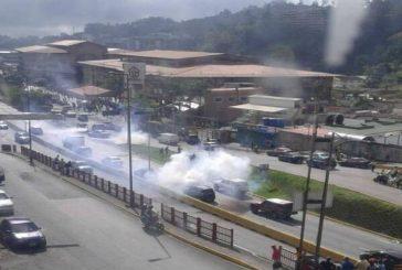 GNB dispersó protesta estudiantil de la UBA en San Antonio de Los Altos