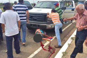 Arrollada joven por camioneta del IVSS durante protesta en Guárico