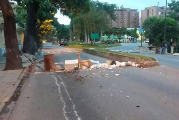 Reportan cierre en Baruta, El Hatillo y La Trinidad por barricadas