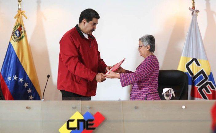 Maduro al Poder Electoral: La alternativa es que el pueblo vaya a elecciones
