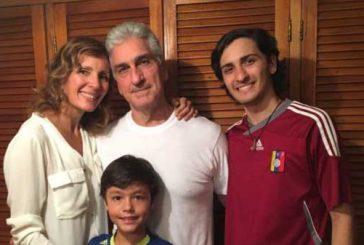 Periodista Braulio Jatar recibe medida de casa por cárcel