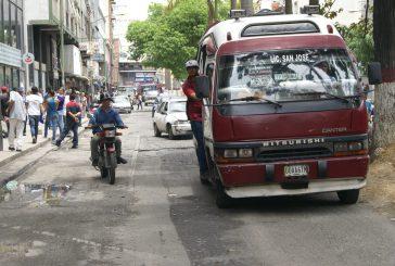 Restituyen servicio de transporte público