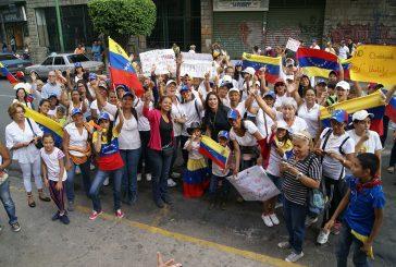 Opositoras de Los Teques  abogan por la paz