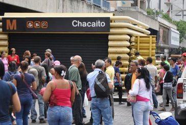 Suspenden servicio de Metrobús y cierran 7 estaciones de Metro Caracas