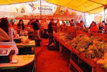 """Venden a precio de """"gallina flaca"""" en mercadito de Los Helechos"""