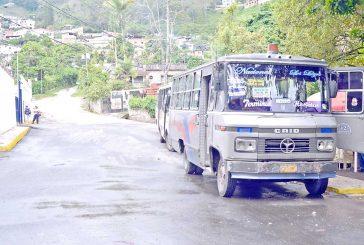 Autobuseros cobrarán recargo de Bs.50 los fines de semana