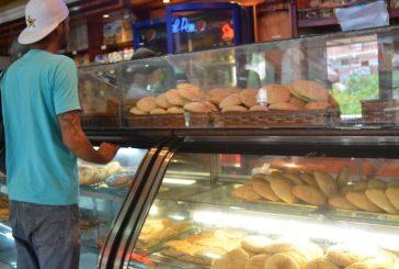 Panaderos siguen en jaque  por falta de materia prima