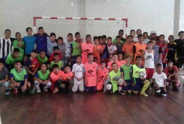 Las practicas de futsal son en la Esguarnac