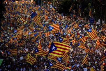 Presidente de Cataluña anunció referéndum para el 1 de octubre
