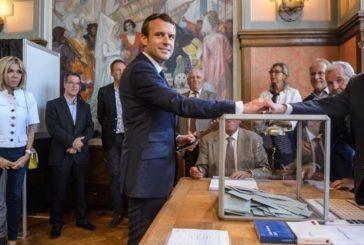 Partido de Macron gana primera vuelta de legislativas, según medios
