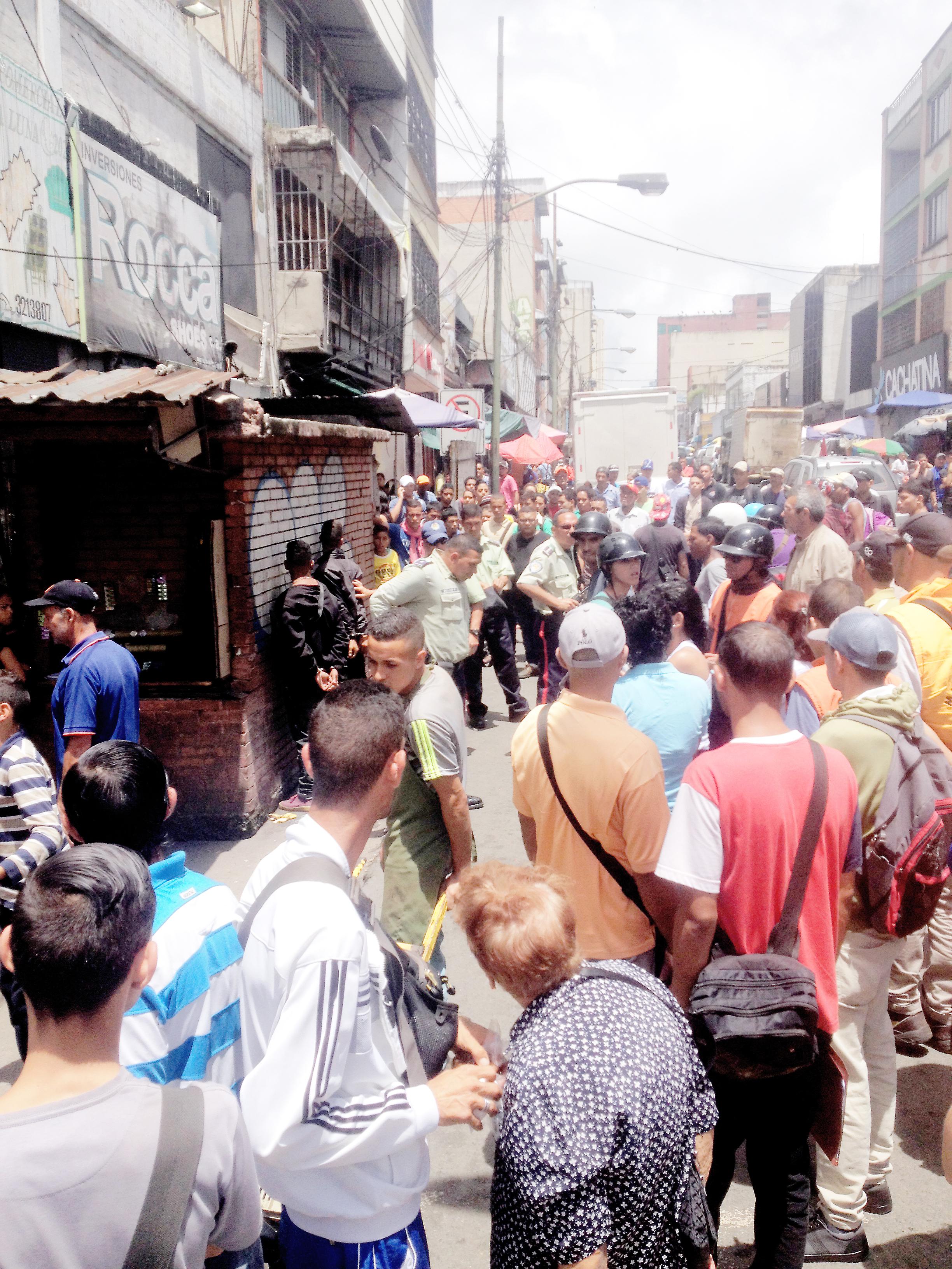 Capturados dos estafadores  en la calle Miquilén