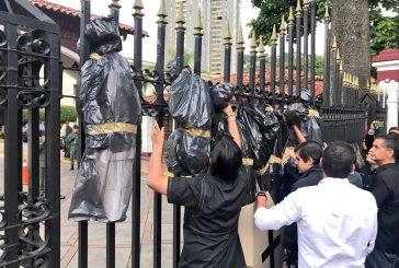 Diputados acuden a sede de GNB para exigir justicia por muerte de Fabián Urbina