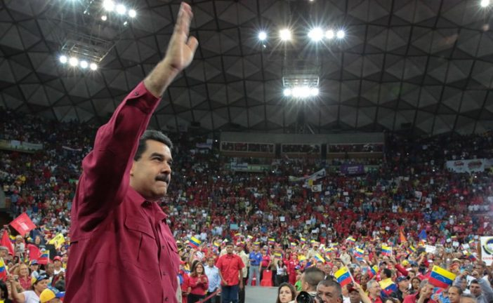 Presidente Maduro participa en el Encuentro Nacional de Constituyentes