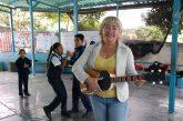 Margarita se deja cobijar  entre la música y la docencia
