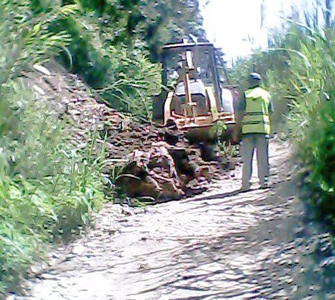 Derrumbes afectan vías denueve sectores de Cecilio Acosta