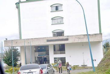 70 estudiantes de la UBA permanecen en manifestaciones