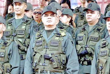 Padrino López exige aplicar justicia por ataques a base militar