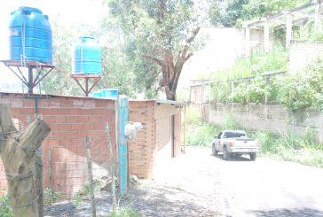 Servicio de agua presenta  fallas en Barrio Miranda