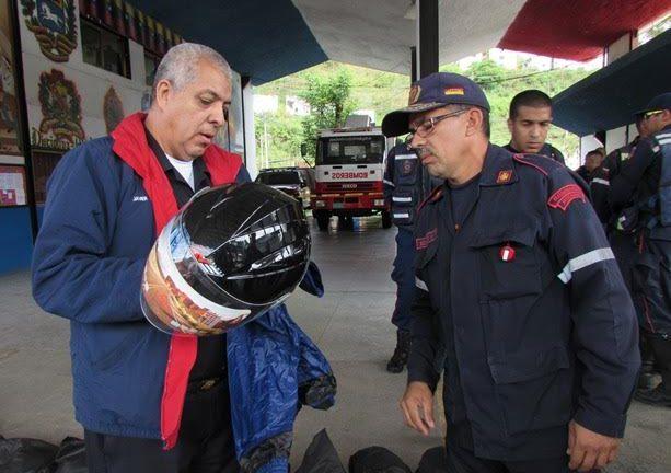 Brigada Motociclística de Bomberos de Miranda recibió dotación de implementos de trabajo