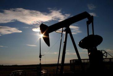 Petróleo venezolano cierra la semana en 44,42 dólares