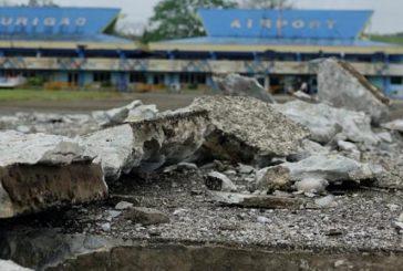 Diez heridos al derrumbarse un edificio tras un terremoto de 6,5 en Filipinas
