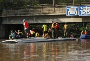 Lluvias en Japón han dejado medio millón de evacuados y seis desaparecidos