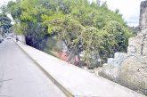 Muro de la calle Ribas a punto de caer