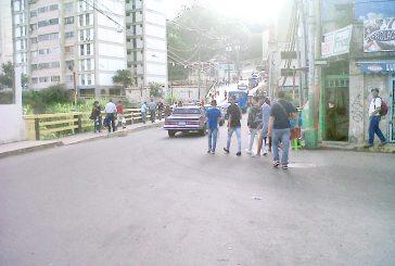 Choros no dan tregua  en Puente Castro
