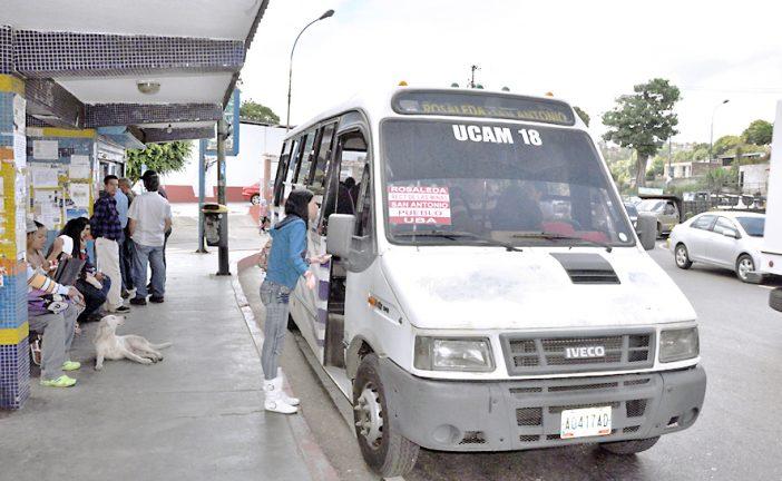 Exigen a transportistas cumplir con tarifa oficial