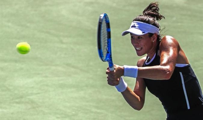 Muguruza resiste a Kuznetsova para llegar a semifinales