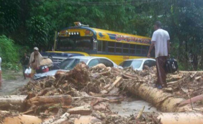 Cuatro muertos y varios desaparecidos tras crecida de río en Choroní