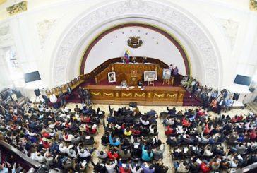 Aprueban decreto constituyente que adelanta elecciones de gobernadores