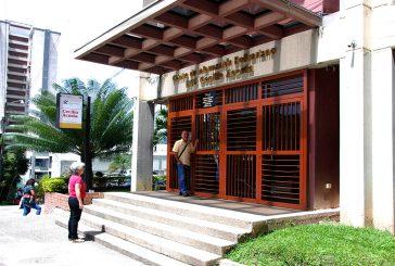 Biblioteca Cecilio Acosta preparada  para recibir a los niños