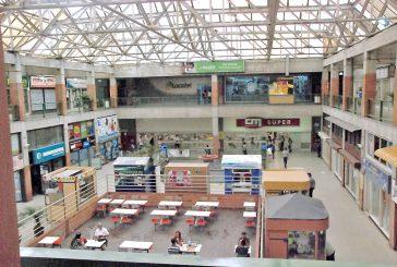Temporada vacacional  ni se siente en centros comerciales