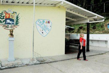 Niños de Escuela Tácata  disfrutan estas vacaciones