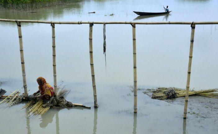 Los muertos por las inundaciones en Bangladesh superan el centenar
