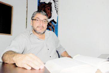 Enseñar, cocinar y pedalear, facetas  que definen a Douglas Meléndez