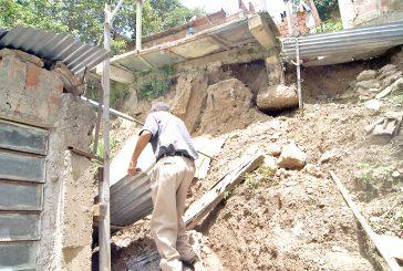 10 casas destruidas