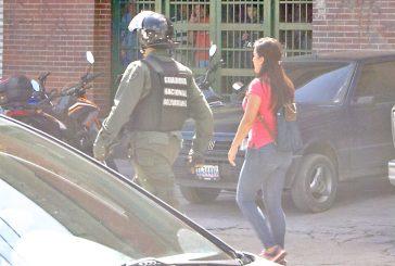Liberan a empleadas detenidas  durante protesta