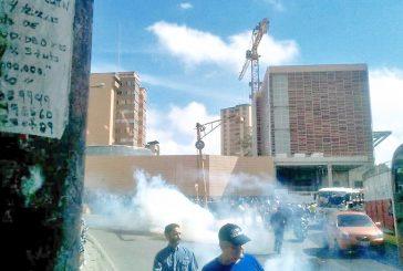 Detenidos cuatro empleadosde la Gobernación en protesta