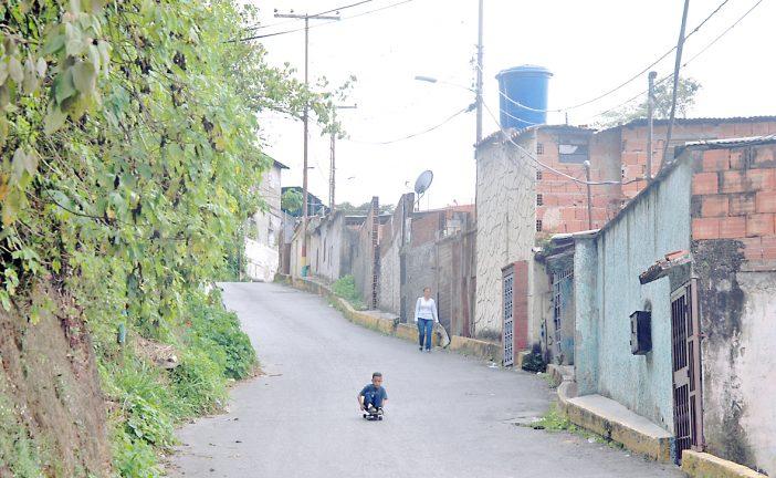 Con inseguridad y sin agua viven en Matica Arriba
