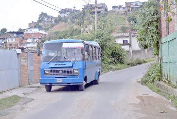 Una vez a la Cuaresma pasa transporte en Rómulo Arriba