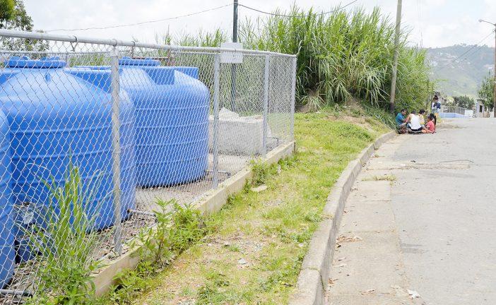 Sin agua subsisten más de 300 familias