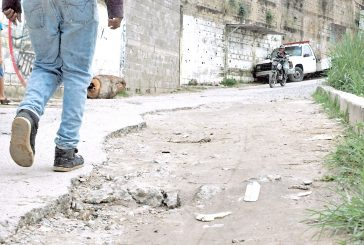 20 años sin asfalto tienen  vías de Potrerito II
