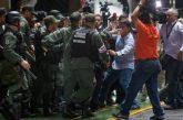 Reportero de Reuters fue expulsado de la rueda de prensa de Maduro