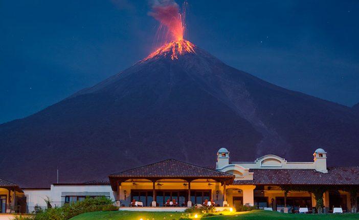 Volcán de Fuego de Guatemala entra en erupción, la octava del año