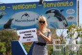 Pamela Anderson protestó en Francia contra cautiverio de animales