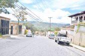 """""""Motochoros"""" tienen verdes  a vecinos de Sant Omero"""